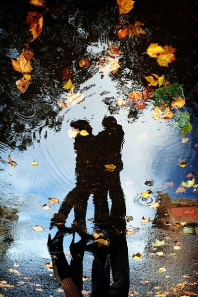 Fall Engagement Photo Ideas - Reflection